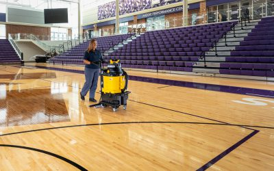 AutoVac – Gym Floor Cleaning – close-up – 028-1a