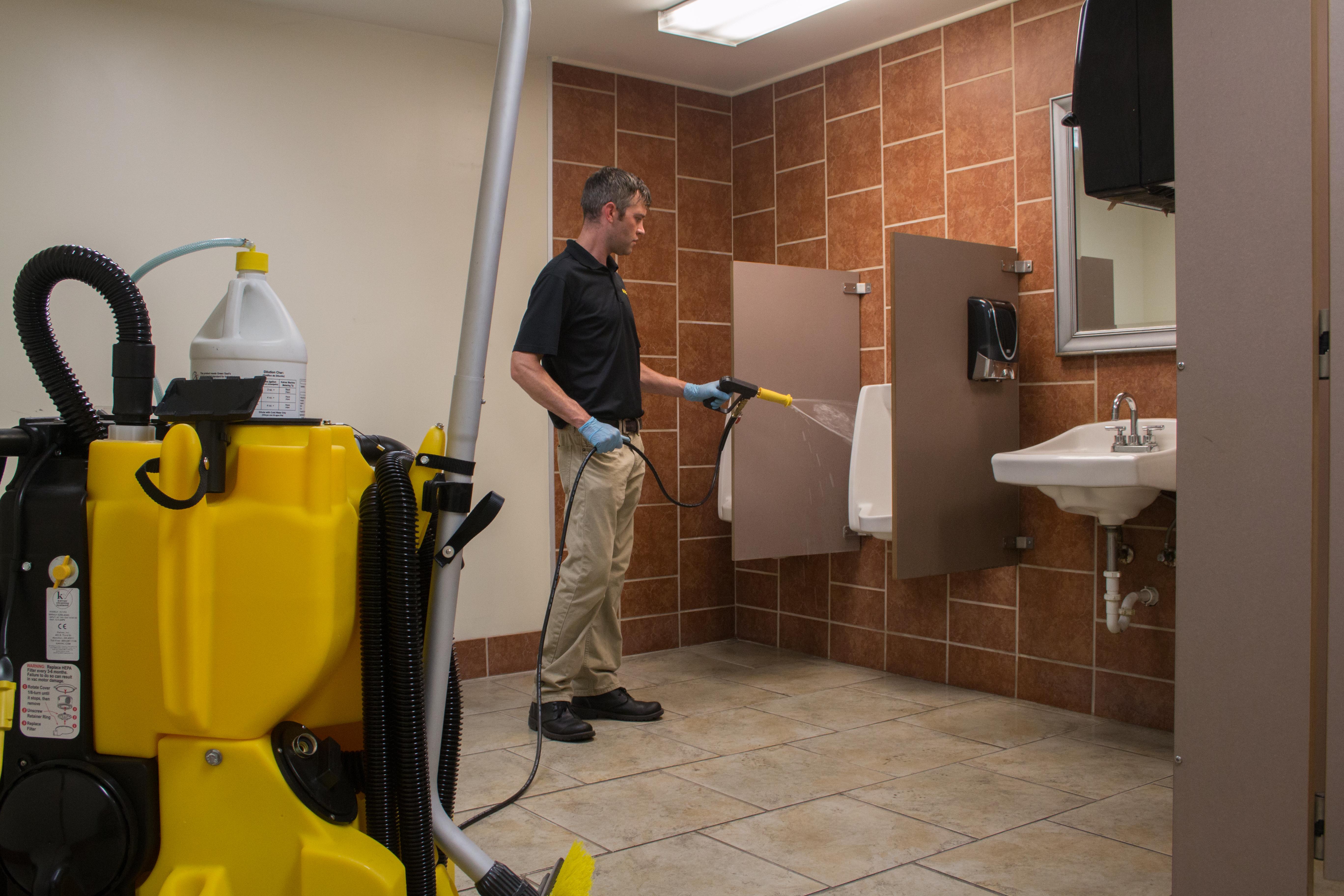 Kaivac NTC 1250 Urinal Spraying