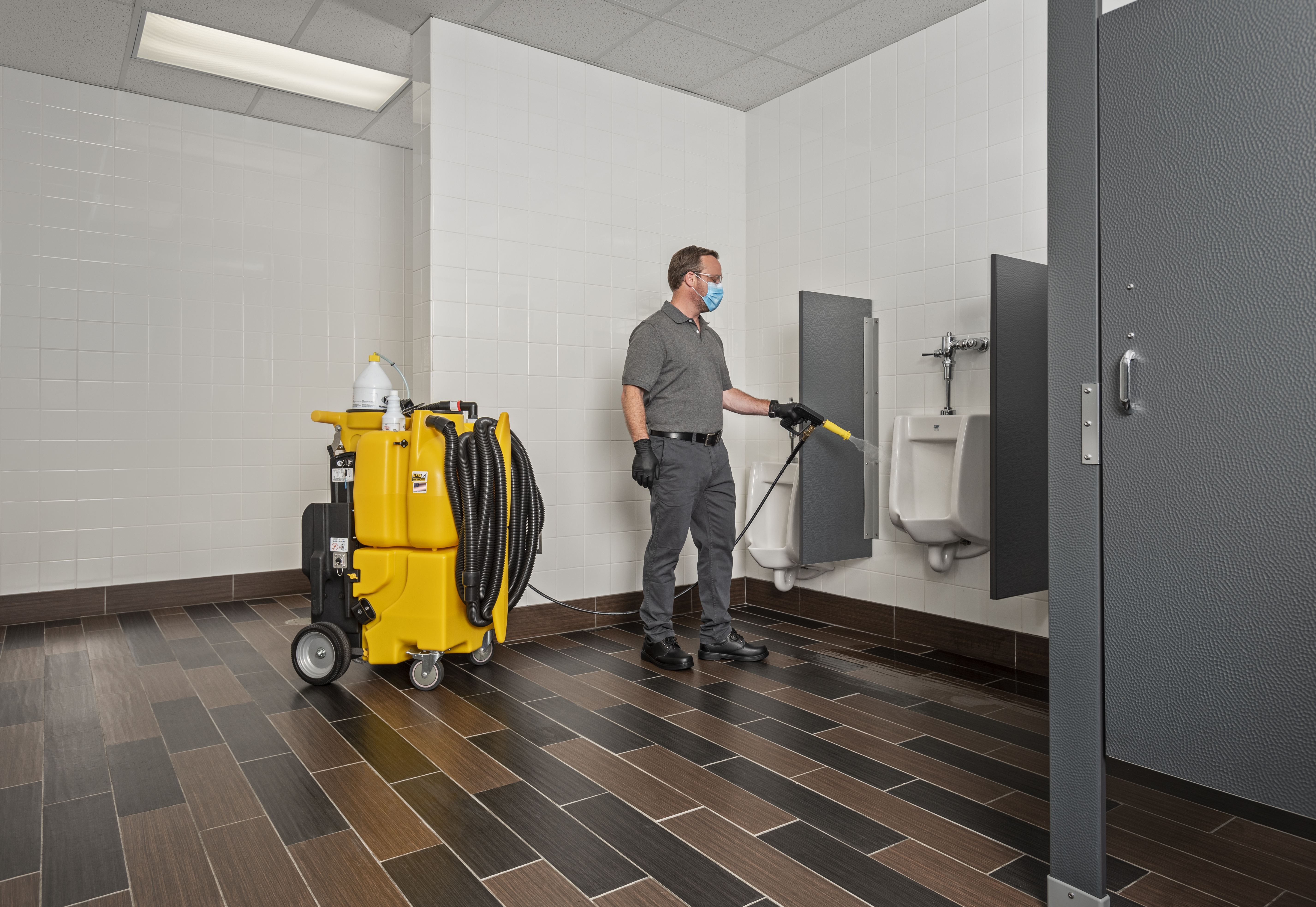 NTC 1750 Urinal Spraying