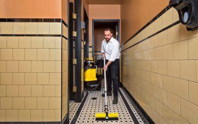 Dispense-and-Vac_yellow/black – Restroom Vacuuming 023e
