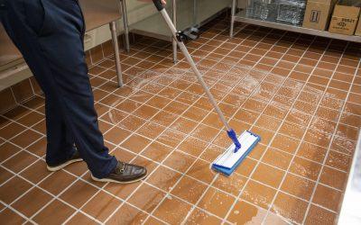 UniVac – Speed Scrubbing – 6961