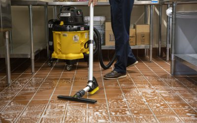 UniVac – Vacuuming – 7007
