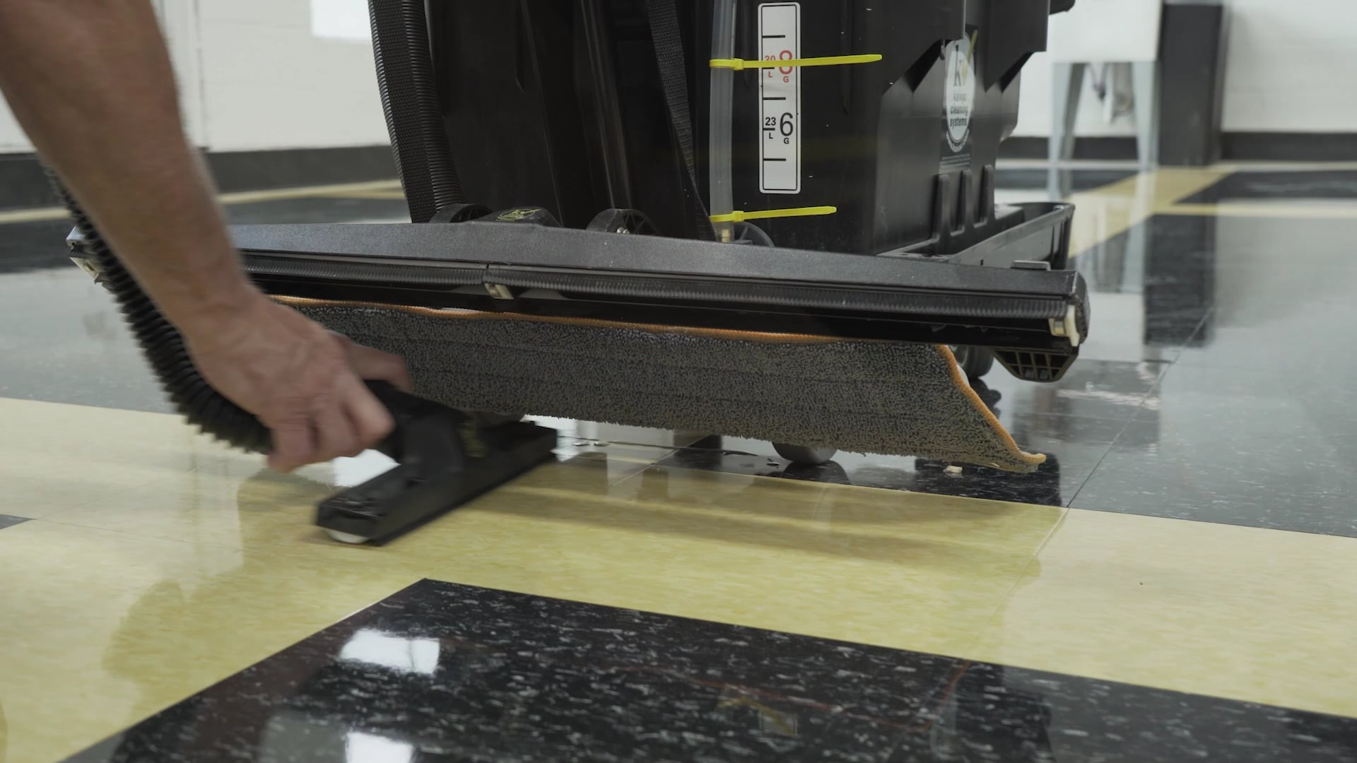 Cleaning Floors with AutoVac Stretch